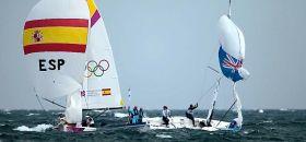 Entscheidung zum 2:1 für Spanien. Die Australierin Olivia Price ist aus dem Boot geschleudert worden. © onEdition