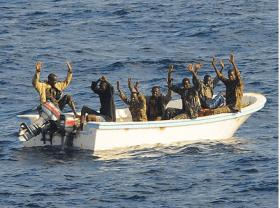 Piraten kurz vor der Festnahme © US-Army