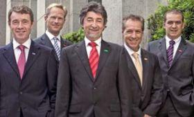 Jens Kroker (2.v.l.) im Business Dress mit seinen Präsidenten-Partnern von BASF Süd Amerika. © BASF