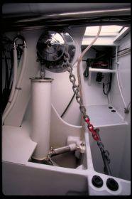 """Der Prototyp des Anker-Mechanismusses bei der """"Wallygator 2"""" war noch von oben durch die Vorpiek zugänglich. © Wally Yachts"""