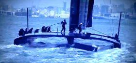 Das abgebrochene Oracle Schwert wird im Kielwasser an die Oberfläche gespült.