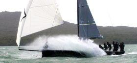Die Crusader 35 gibt Vollgas. © Cusader Yachts