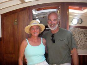 ...Elizabeth Meyer und ihr Mann, der Bootsbauer Michael McCaffrey sind glücklich mit dem kleineren Schiff. © Archiv Meyer