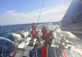 Maserati, Rekordfahrt, Kap Hoorn, Pazifik