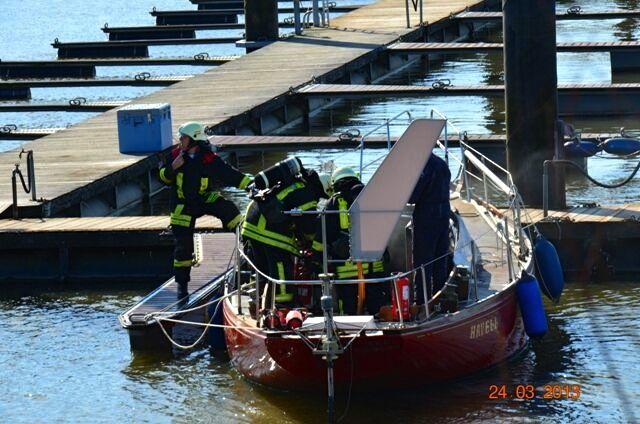 Die Feuerwehr auf der Yacht