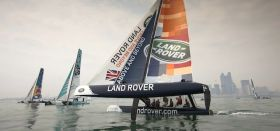Land Rover bei der Extreme Sailing Series