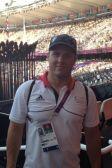 Am Ziel: Robert Stanjek vor dem Olympischen Feuer bei den Spielen 2012