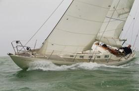 Am-Wind-Kurse machen mit dem Boot Spaß, besonders mit einem leichtgängigen Ruder © Swedesail