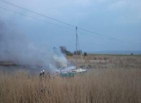 Das Boot fing sofort Feuer © Bogdan Hrywniak / newspix.pl