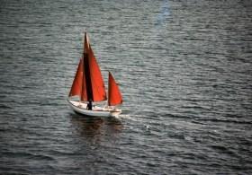 Offen ist besser: Webb Chiles segelte bereits in einem offenen Boot um die Welt © Chiles