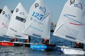 Auch im Camp das Ausbildungsboot Nr.1: der Opti © Kiel-Marketing
