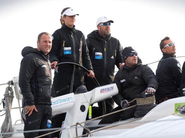 Die Jüngste an Bord steuert über die Ziellinie: Anna Reinsberg-Anderssohn  © on-edition