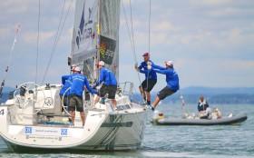 Auch Bavarias können bei wenig Wind offenbar sportlich gesegelt werden  © MRG/Andy Heinrich