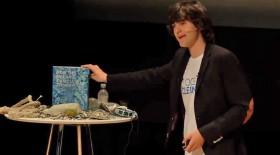 Der charismatische 20jährige Holländer Boyan Slat bei der Vorstellung seiner Machbarkeitsstudie © OceanCleanUp