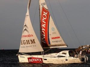 Auf einer Serienyacht nonstop rundum - schafft es Kapitän Cichocki diesmal? © delphia yachts