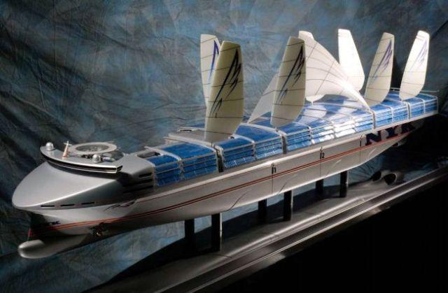 Mit Stützsegeln an Deck, Luftblasen am Rumpf und Thunfisch-Rumpffarbe wird's energieeffizienter © eco-ship