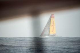 Abu Dhabi nebenan von Dongfeng. Plötzlich rauscht Walker davon. © Sam Greenfield / Dongfeng Race Team / Volvo Ocean Race