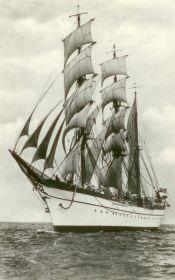 Bald wieder wie einst stolz unter Segeln unterwegs? Die Gorch Fock I in den Dreißiger-Jahren © tall-ship friends