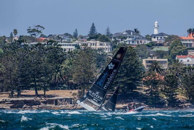 Extreme Sailing Series, Kenterung