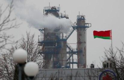 Структуры Михаила Гуцериева начали поставки нефти в Белоруссию