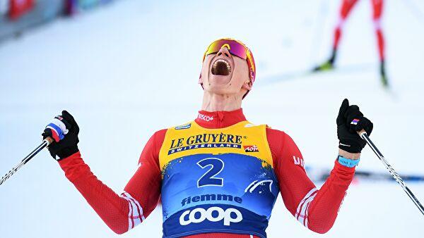 Большунов победил в скиатлоне на этапе Кубка мира в Оберстдорфе