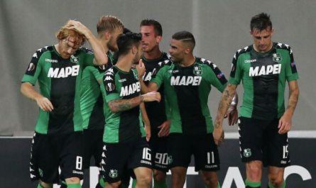 """""""Рома"""" пропустила четыре мяча от """"Сассуоло"""" в матче чемпионата Италии"""