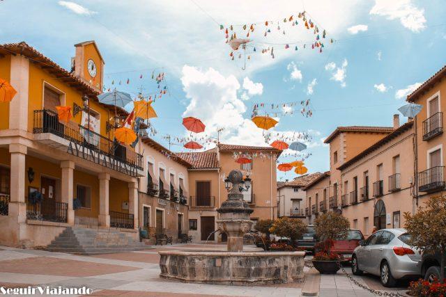 Plaza del Ayuntamiento Jadraque - Seguir Viajando