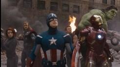 Em termos de roteirização, Vingadores é um feliz modelo de como uma estória adaptada dos quadrinhos pode ser desenvolvida para o cinema.