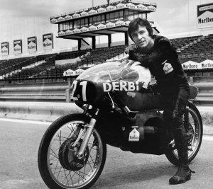 Angel Nieto… aquel que vivió para dar vida a la moto como deporte.