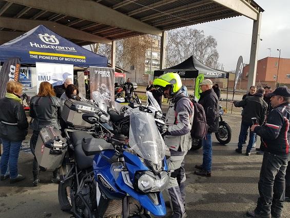 Resueltas más 12 consultas y realizadas más de 20 pruebas de motos