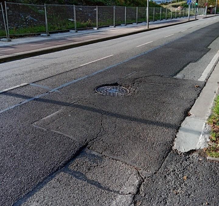 Denunciada alcantarilla y otras incidencias de riesgo en San Sebastián