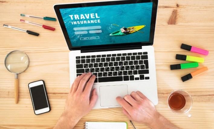 importancia do seguro viagem pesquisa computador