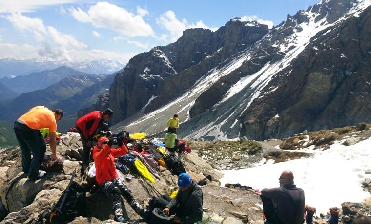 seguro viagem para esporte montanhas