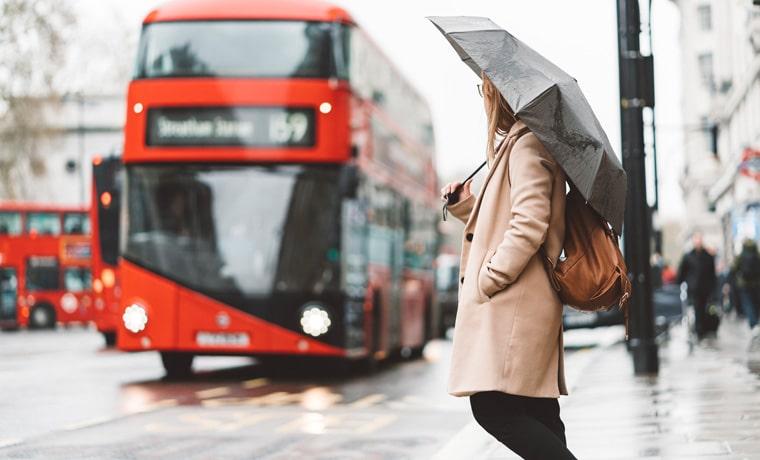 seguro viagem Londres chuva