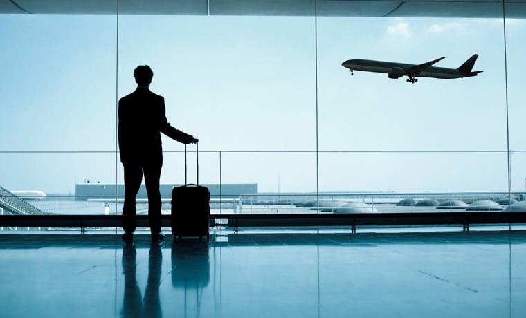 interrupção de viagem no seguro viagem avião