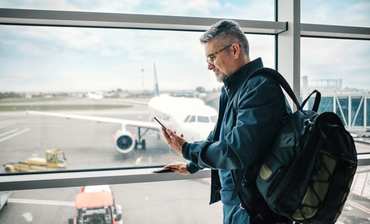 seguro viagem para atraso de voo passageiro