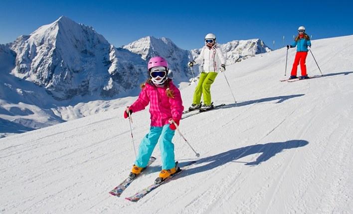 Seguro viagem esportes radicais esqui
