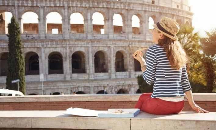 Turista em Roma