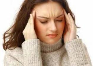 माइग्रेन के लक्षण और कारण, Migraine ke lakshan aur upay in hindi