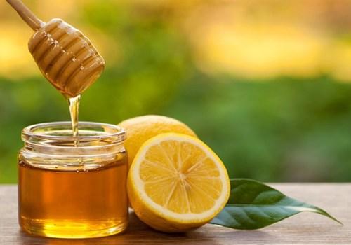 ماسك الليمون والعسل أسرع خلطة لازالة التجاعيد