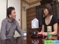 夫の遺骨の前で熟年せフレlongbox digitalとせつくすする夫婦生活動画像無料