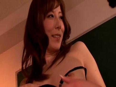 四十路美熟女妻が夫婦の営みではおめこが満足できず浮気する日活 無料yu-tyubu