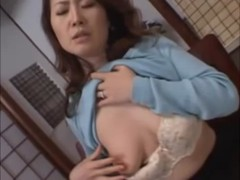 五十路美熟女妻が和室でオナニーをしている熟年夫婦生活動画