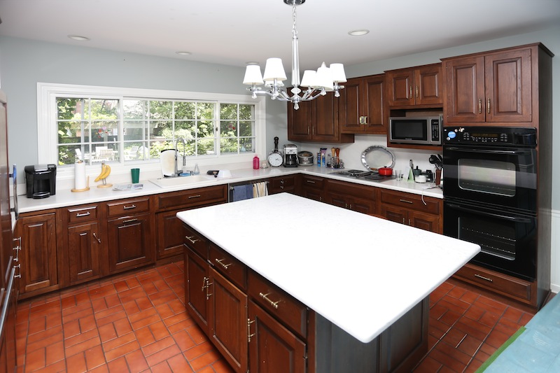 Before and After  Check Out an Incredible Kitchen Remodel in     Before Kenilworth Before After