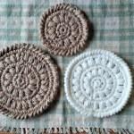 アクリル毛糸と麻糸で鍋敷きを編んでみた!同じ柄でも全然違う仕上がりに♡