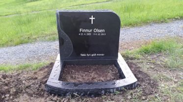 Gravsteinur - Finnur Olsen