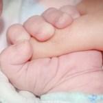 生後2カ月後の予防接種で胆道閉鎖症疑いと言われる