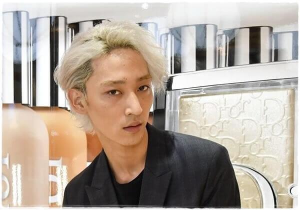上杉柊平の髪型まとめ特集!くせ毛を活かしたヘアスタイル画像で解説