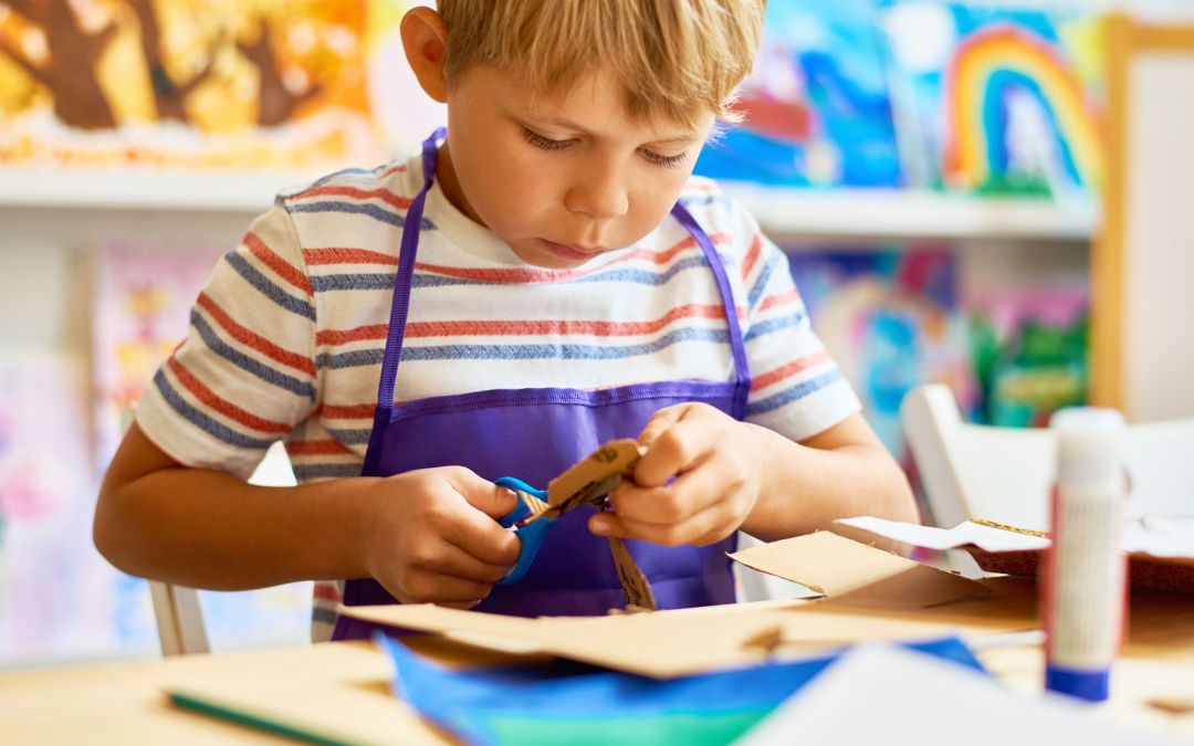 Support Your Child's Creativity with Super Creative Crafts!