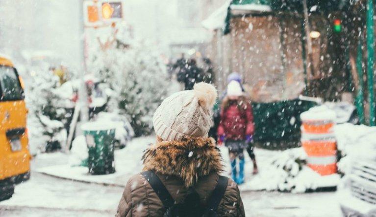カナダ冬の服装トロントアウターや持ち物必需品はタブー